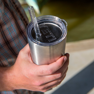 YETI RAMBLER WITH A STRAW LID